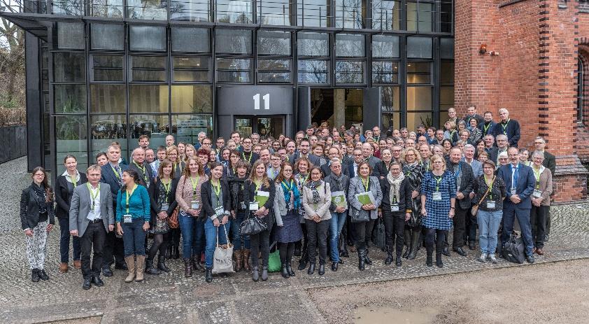 Teilnehmende des Symposiums 2017 - Symposien