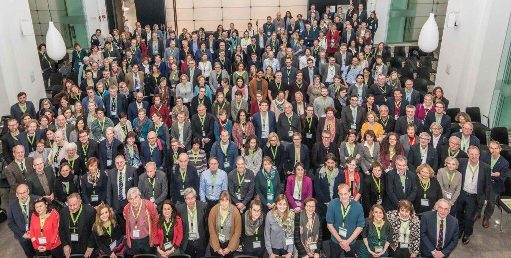 Drittes Symposium: Teilnehmende